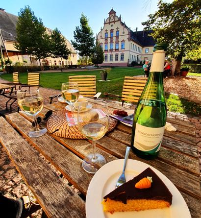 Im Rittergut Kössern können sich Ausflügler im Muldental am Wochenende auf Kaffee und Kuchen freuen.