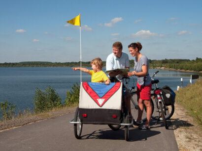 Auch mit den Jüngsten ist eine Radtour kein Problem im Lausitzer Seenland.